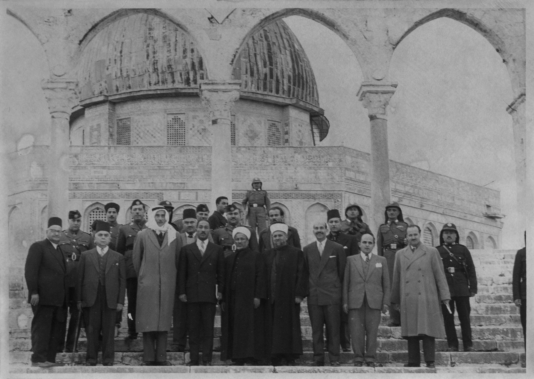 Anwar Sadat with Jordanian hosts at the Dome of the Rock, December 1955.